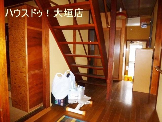 スケルトン階段で、お家が広くみえます。