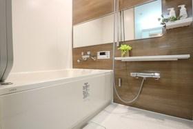 ユニットバス、浴室乾燥機も新調