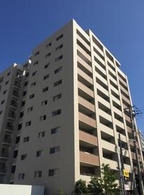 【外観写真】 地上12階建て  お住まいは最上階部分です  2WAYアクセス可能  大切なペットと暮らせます