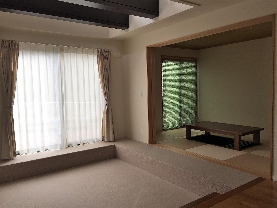 畳室とスッキプフロアー