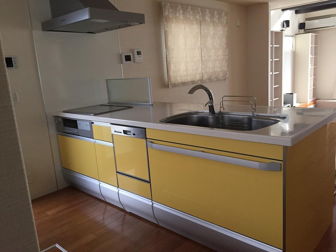 食器洗浄乾燥機がつき 家事も楽々です。