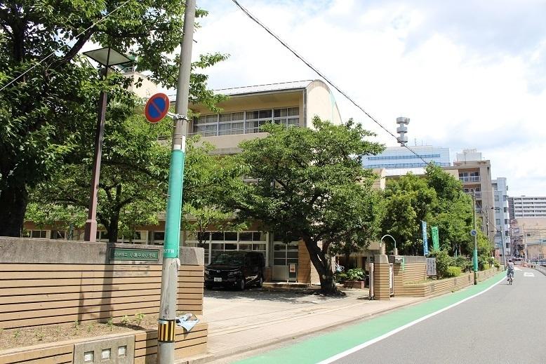 小倉中央小学校 平成3年創立 中学校は菊陵中学校区。