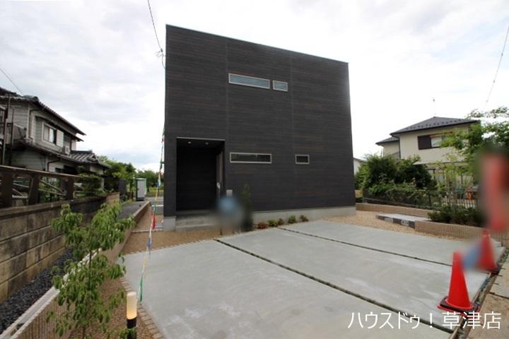【外観写真】 全2区画・JR南草津駅まで徒歩15分・全居室収納完備・ウッドデッキ・駐車2台可