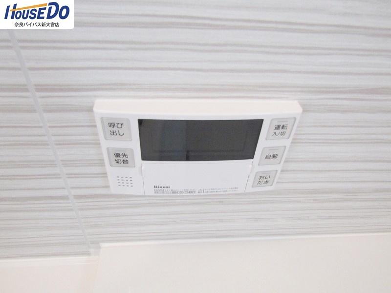 同社施工例 インターホンはカラーモニター付き。 相手を確認して応答できるので安心です。