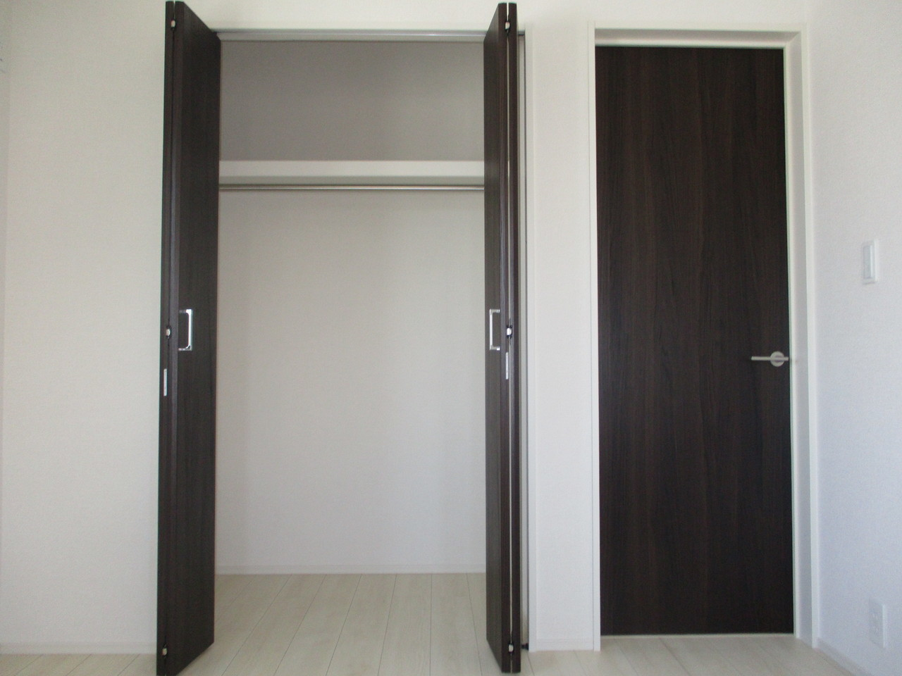 【同社施工例】全居室に収納があり、お部屋もすっきり片付けられます