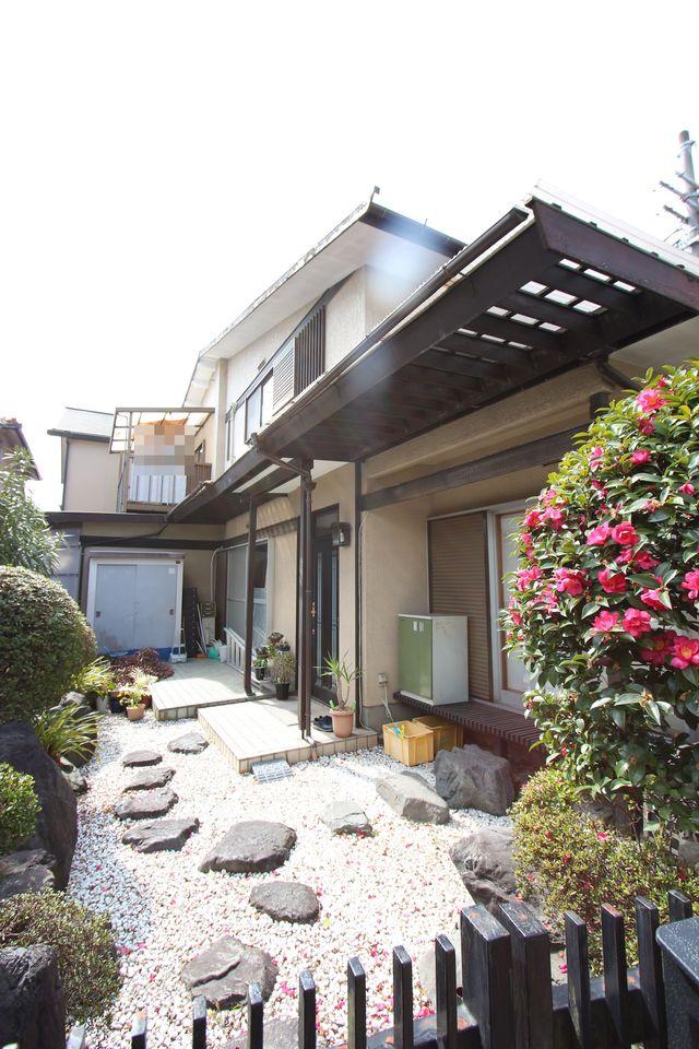 土地面積57.43坪。 真菅駅まで徒歩6分の便利な立地です。