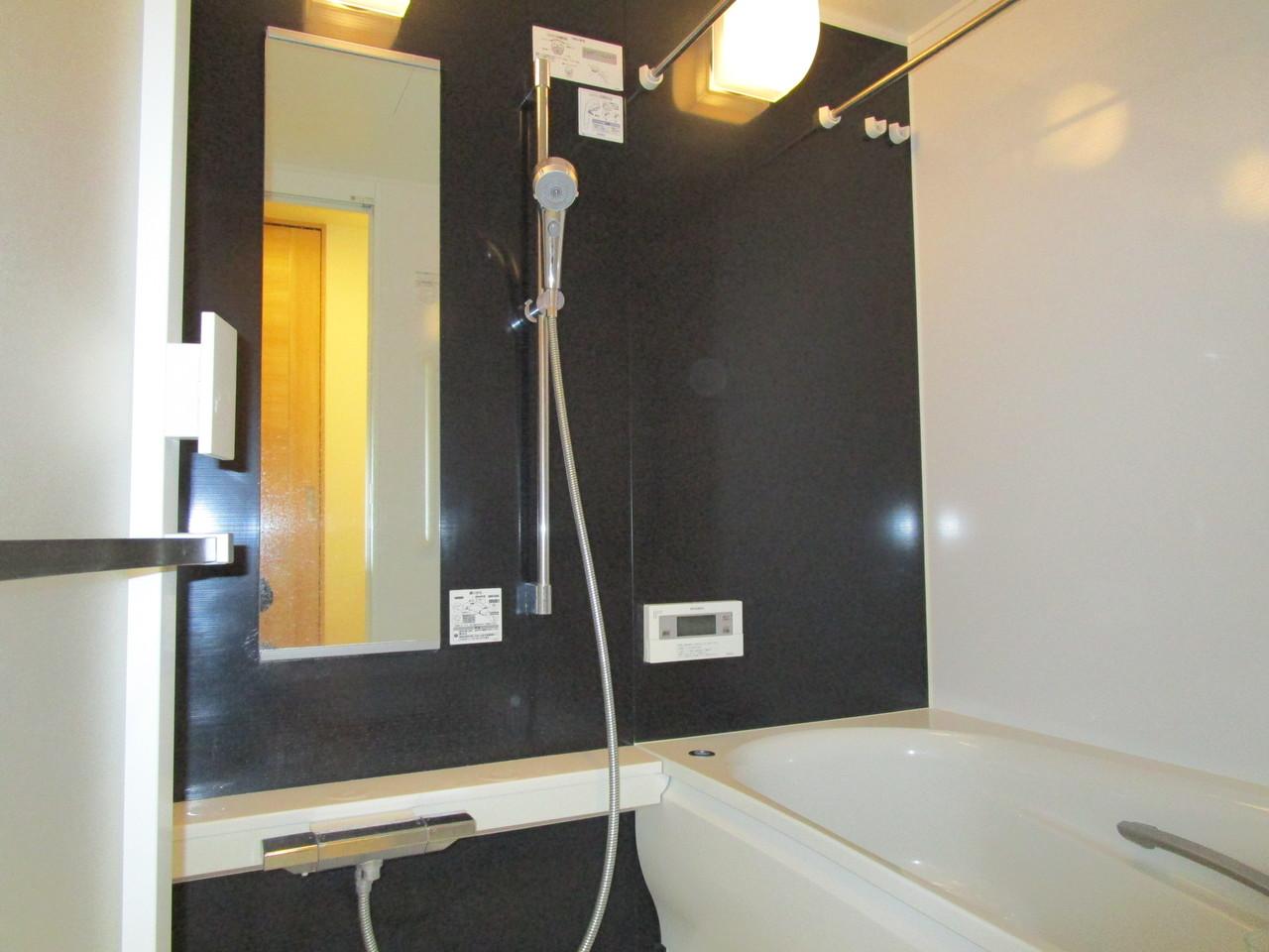 浴室も綺麗に使用されています。
