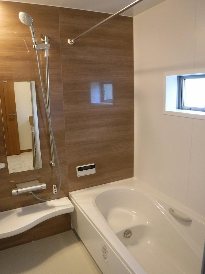 浴室乾燥機で雨の日でも楽々お洗濯(^^)施工事例。実際のものと異なります。