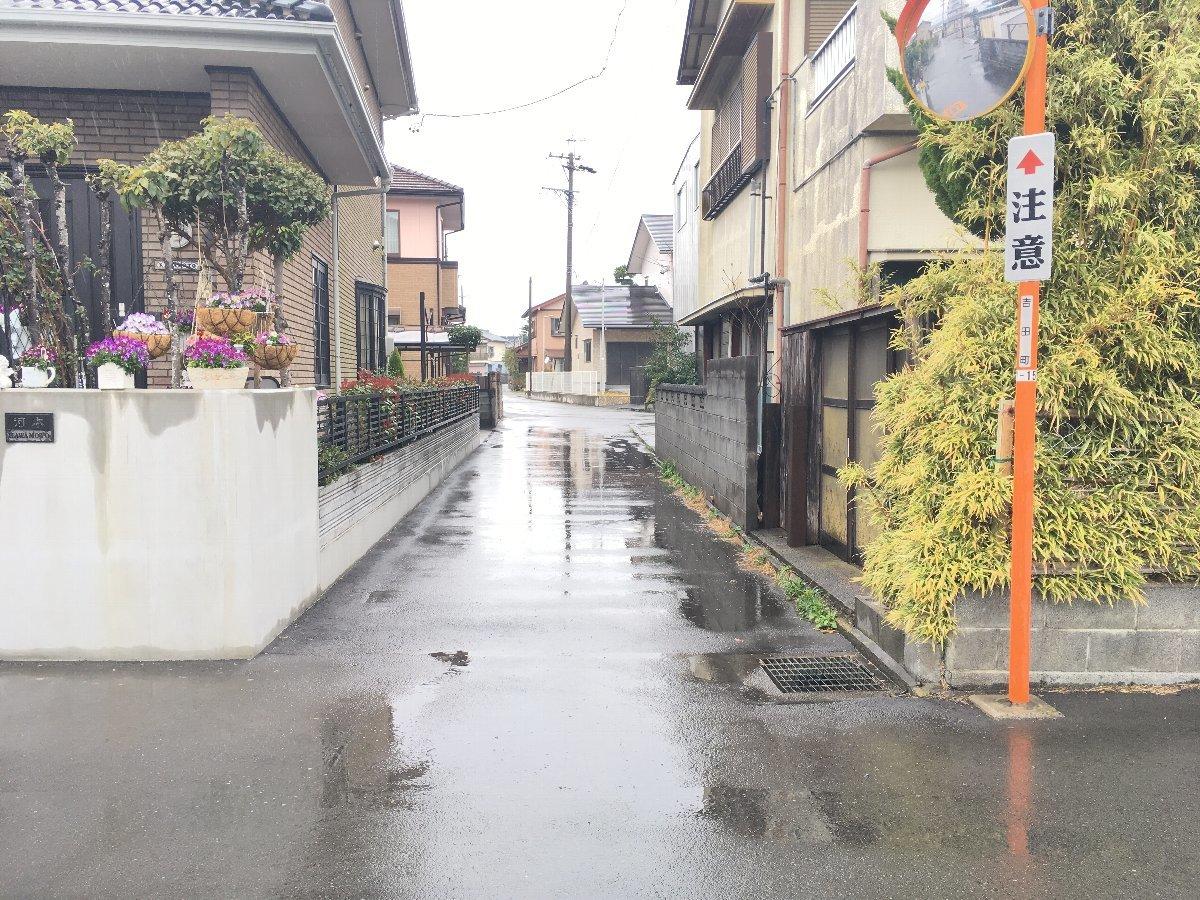 東側接道 道路幅3.8メートル(セットバック不要)