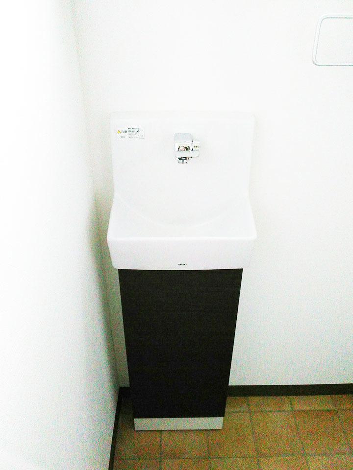 トイレの手洗いも新品◆北九州市小倉南区長行西の中古一戸建て5LDK2018年3月水廻・内装・外壁リフォーム済♪駐車場3台以上♪