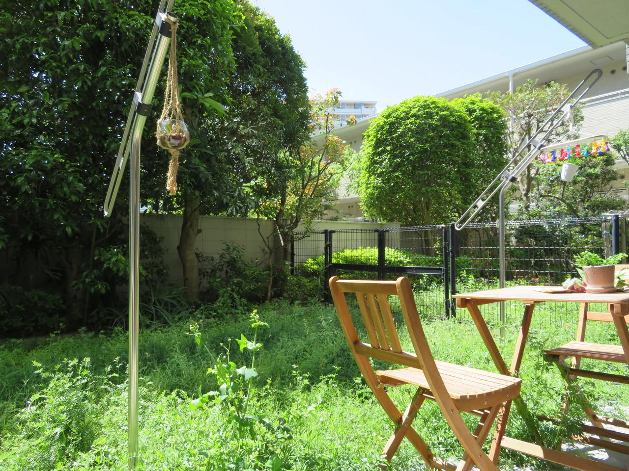 ◇専用庭 南東向きの専用庭は陽当りもよく、洗濯物が多いご家族でも安心してお使いいただけます。