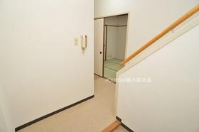 玄関スペースも広々しています♪ 中古住宅購入+リフォーム費用もまとめてお見積り! 当社リフォーム事業部がお客様のご希望の素敵なお部屋を作ります!