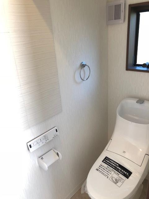 お掃除もしやすい清潔感のあるトイレ