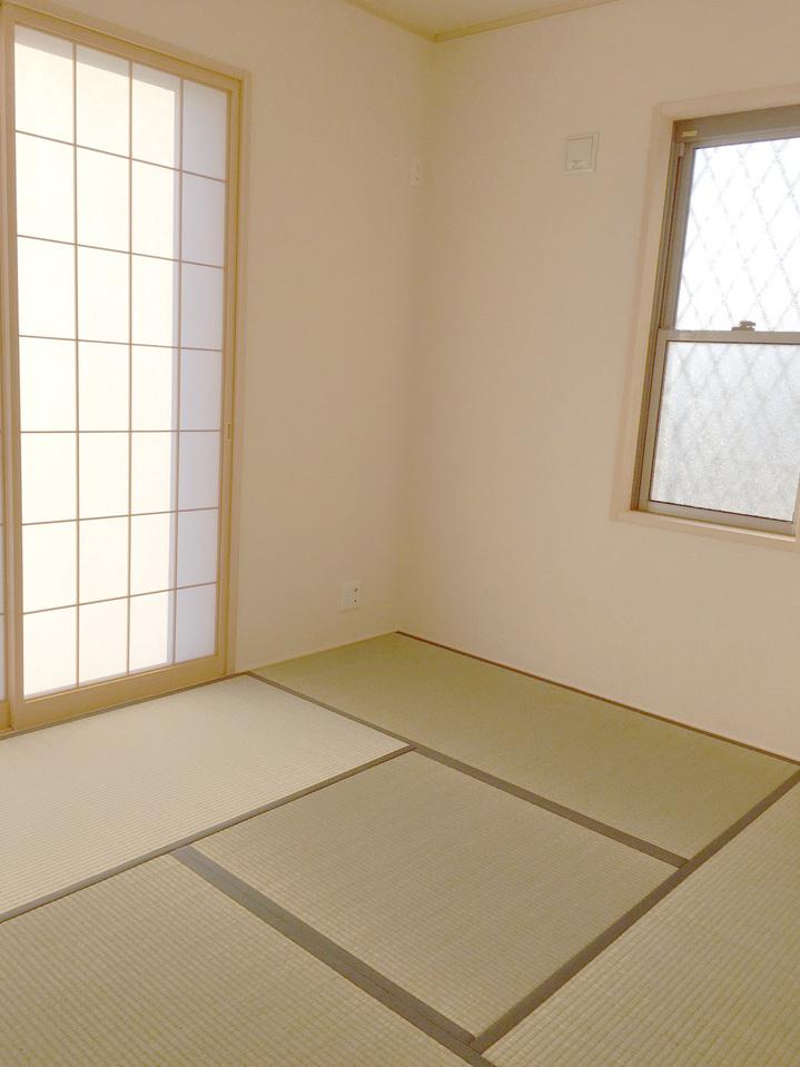 来客時に便利な和室(^^)施工事例。実際のものと異なります