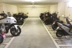 バイク置場もあり バイカーさんにも嬉しいマンションです