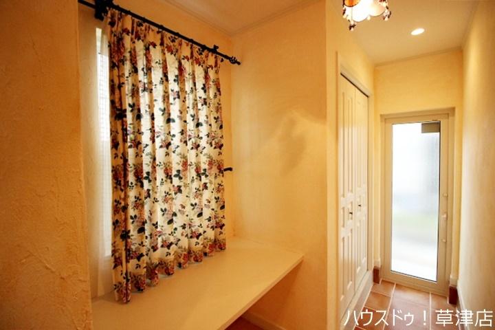 全居室収納完備。収納家具を減らして広々空間をお楽しみいただけるように工夫されていますね。