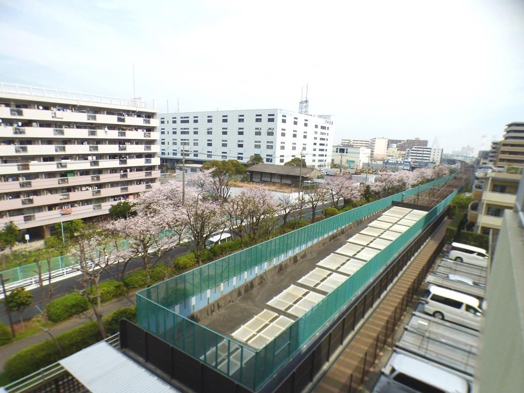 ◎バルコニーからの眺望(3/26撮影) バルコニーからの眺望も良好!春には満開の桜がみわたせます。
