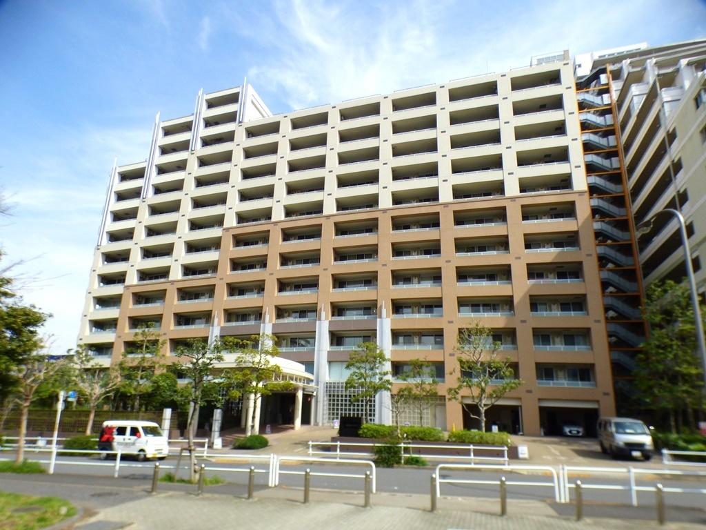 ◎外観(3/26撮影) 【総戸数671戸の大規模マンション!】 「南砂町」徒歩2分という好立地!周辺にはSUNAMOを始めとした、ショッピングセンターが複数あり、住みやすい住環境です!