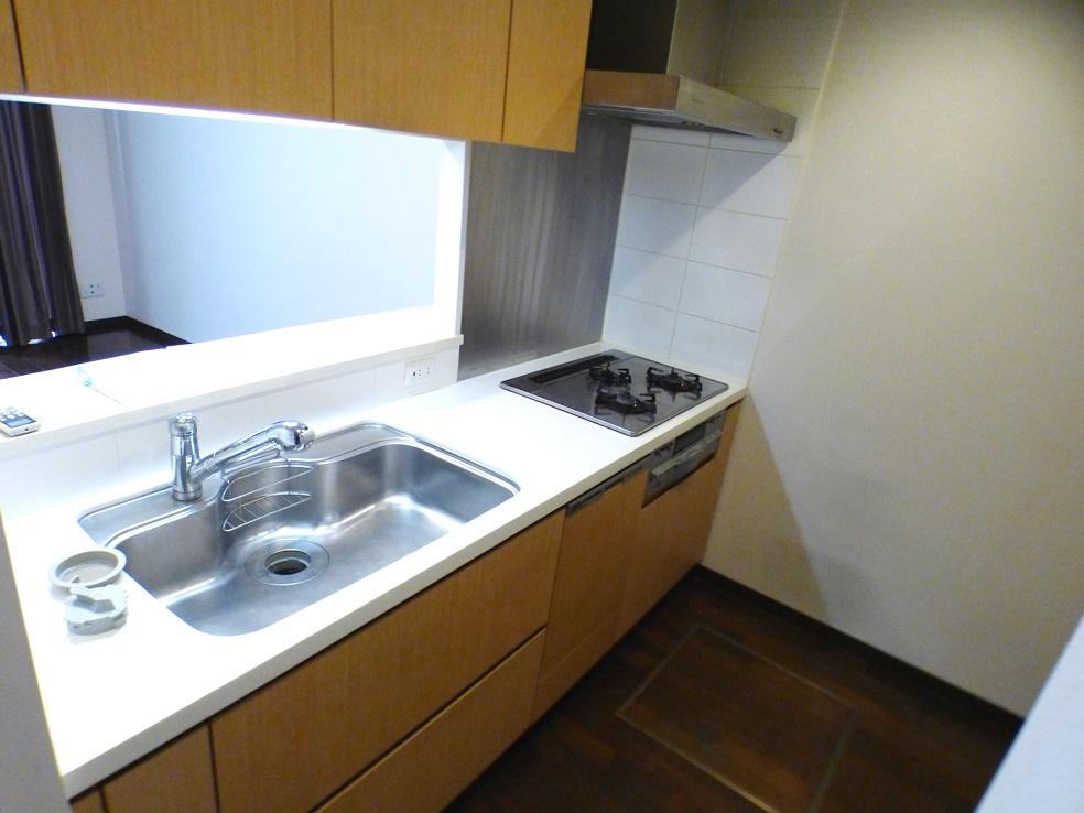 ◎キッチン(3/26撮影) ご家族の笑顔を見ながらお料理できる対面キッチンです! 食洗機・ディスポーザー付がうれしいです。