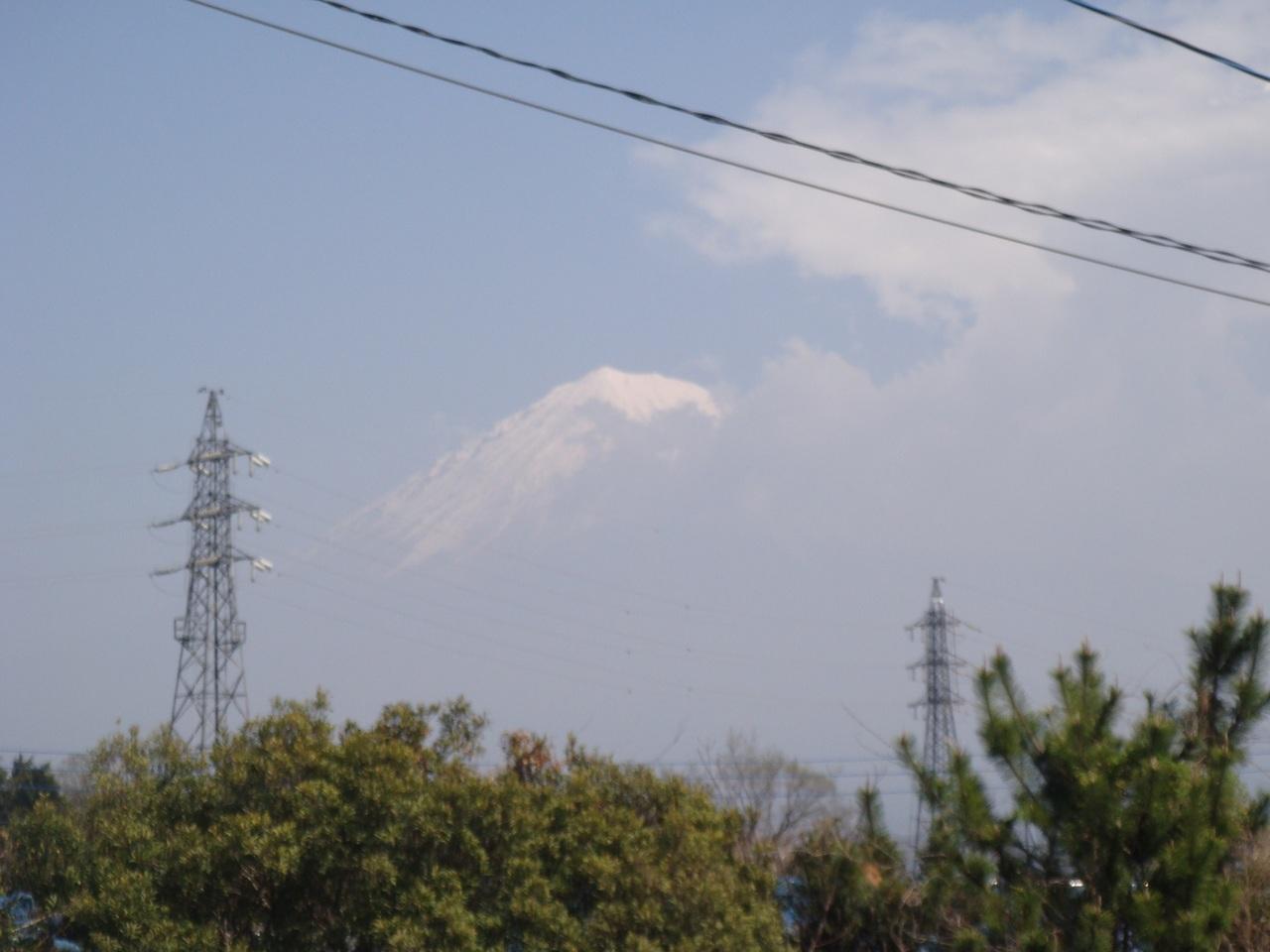 台所から富士山が、見えます。