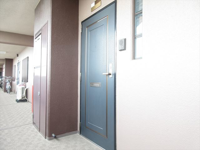 デザインに優れたオシャレな玄関です。