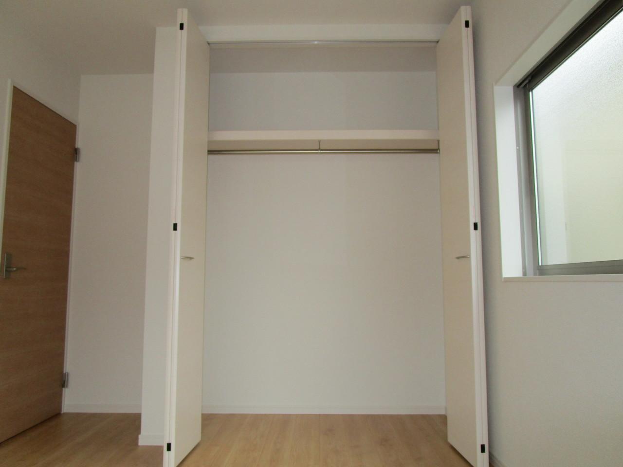【同社施工例】洋室収納ですっきり!