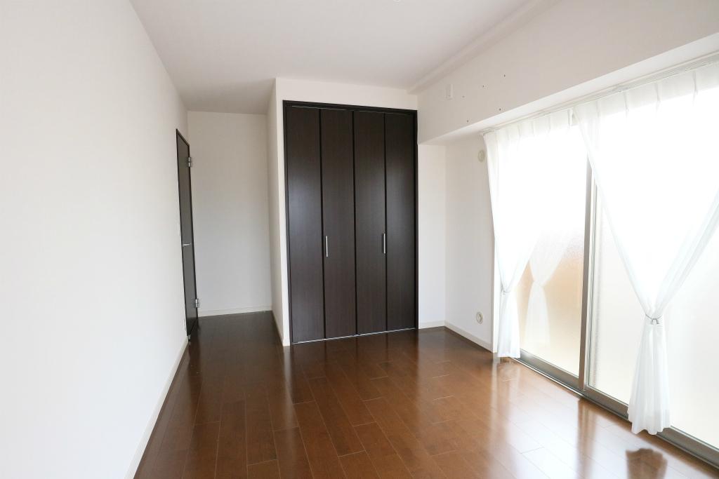 すべての居室に収納スペースが付いています。お荷物やお洋服もすっきり整理できますね。
