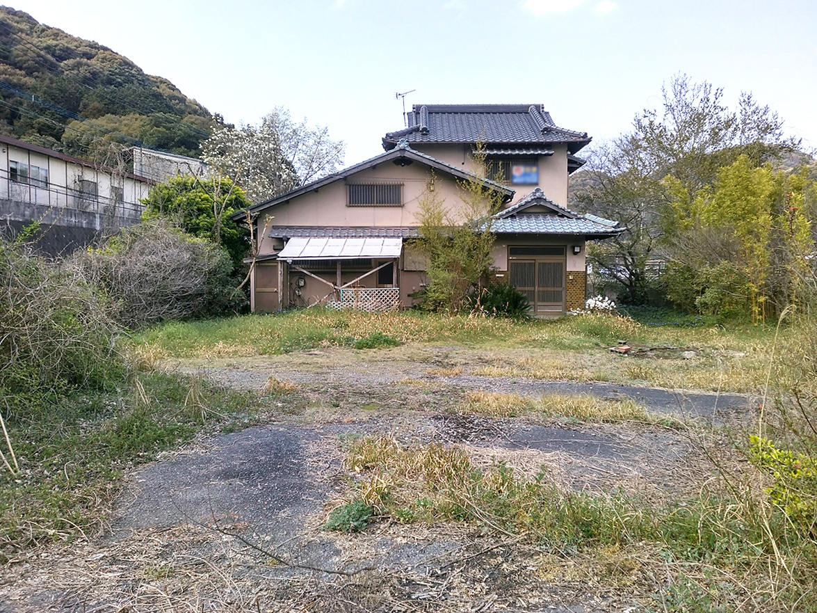◆小倉南区大字高津尾 売地 敷地面積 253.41坪♪ 2世帯や事務所兼住宅など多様に仕えます♪