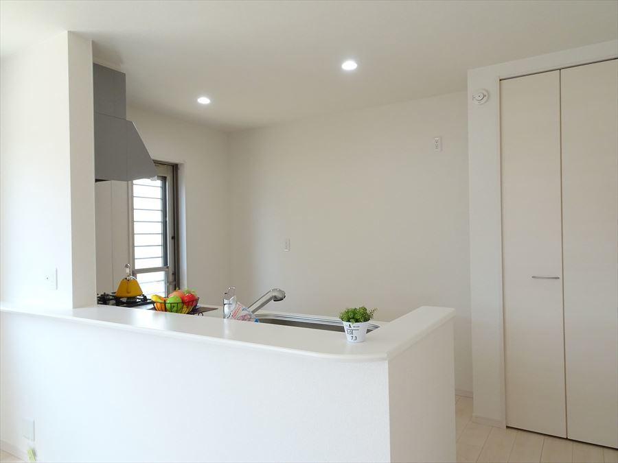 浴室暖房乾燥機:同社施工例です。