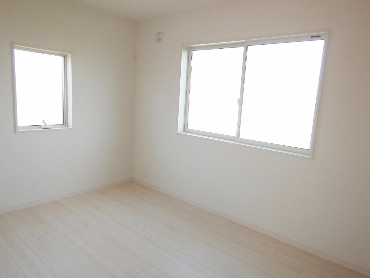約6帖の北側洋室!施工事例。実際のものと異なります。