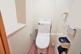 嬉しいウォシュレット機能付きトイレです♪ 室内大変キレイにお使いです♪