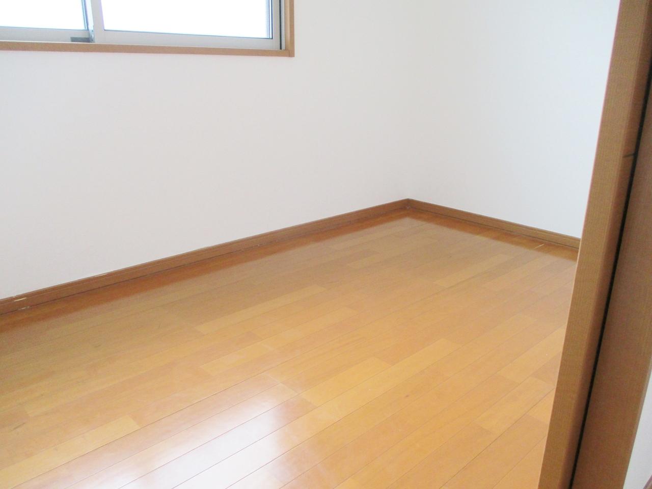 広い納戸!お部屋としても利用可能です。