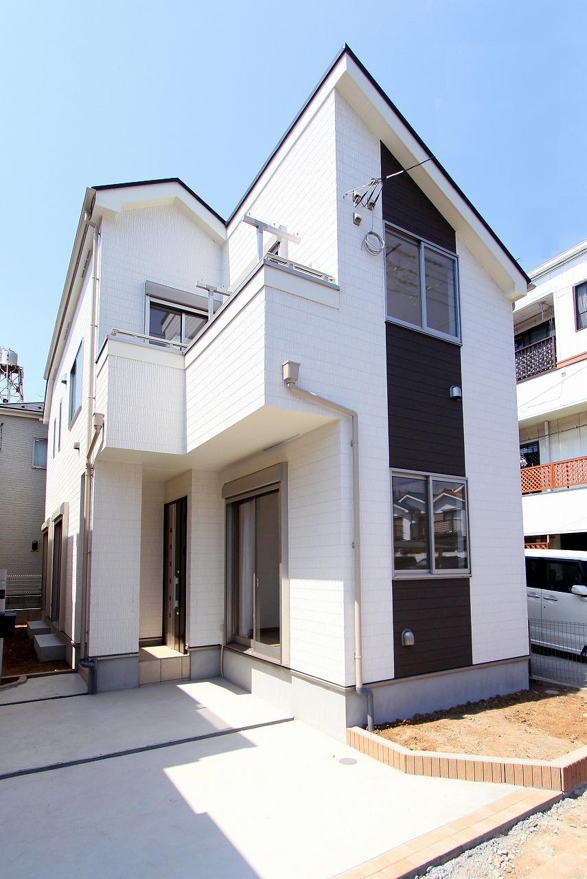 【外観写真】 江戸川区上一色1丁目 1号棟 全3棟 新築戸建 の物件です。