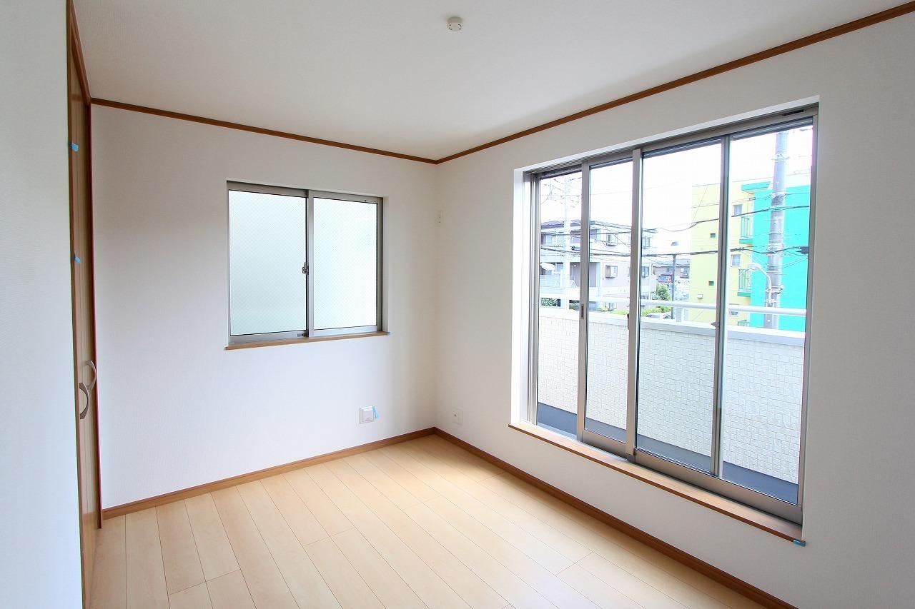 江戸川区上一色1丁目 2号棟 全3棟 新築戸建 の物件です。