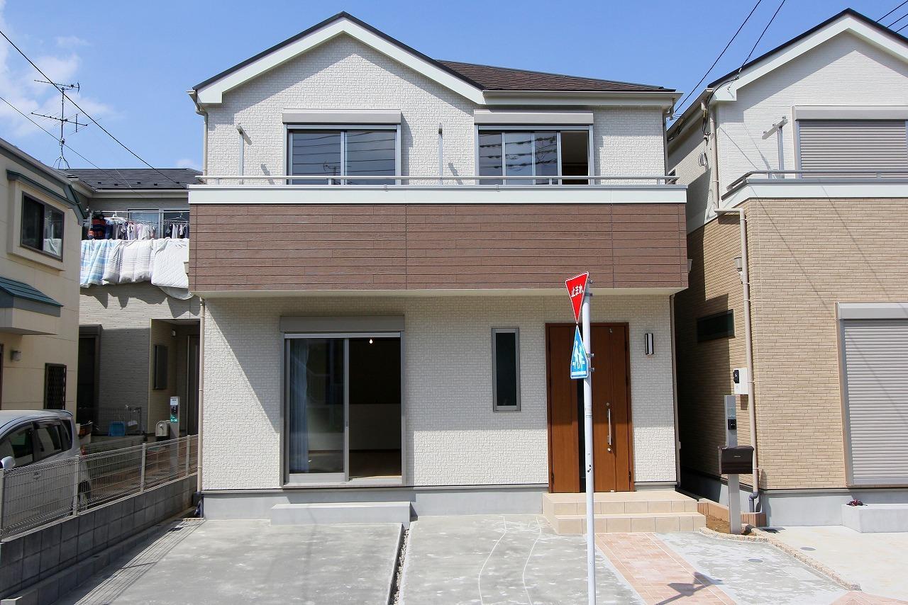 【外観写真】 江戸川区上一色1丁目 2号棟 全3棟 新築戸建 の物件です。