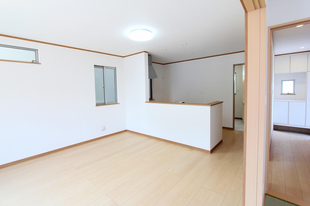 江戸川区上一色1丁目 3号棟 全3棟 新築戸建 の物件です。