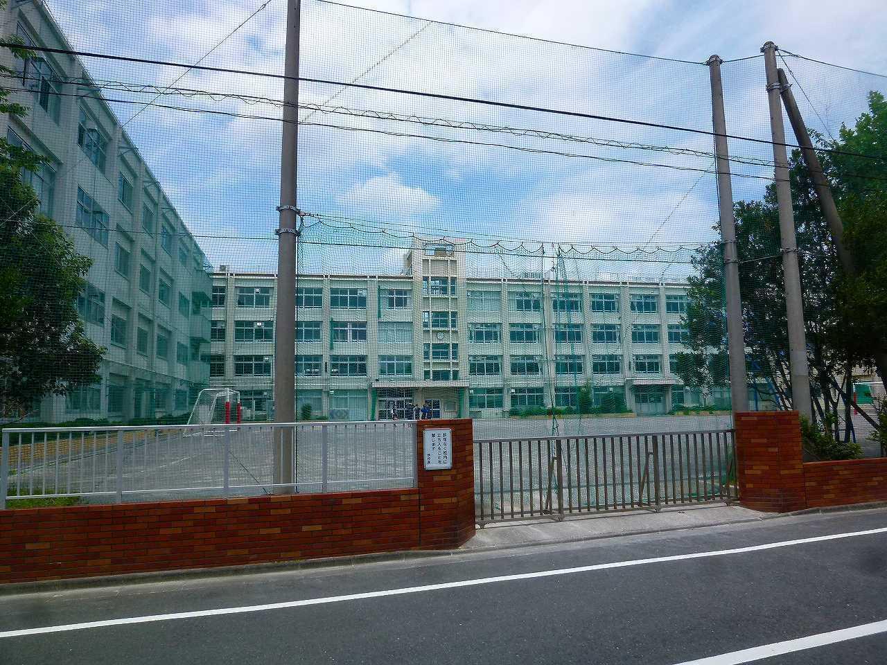 【中学校】東小岩3丁目の区立小岩第一中学校