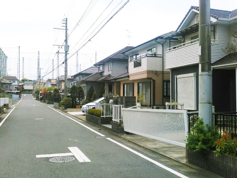 ◆道路は幅約6mです♪駐車しやすいですね♪◆北九州市小倉南区横代東町4LDK中古一戸建て平坦地♪