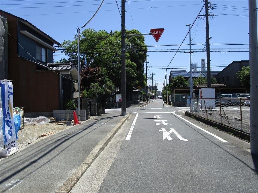 公道幅員約7.2m