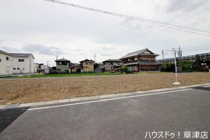治田小学校まで徒歩7分(約550m)