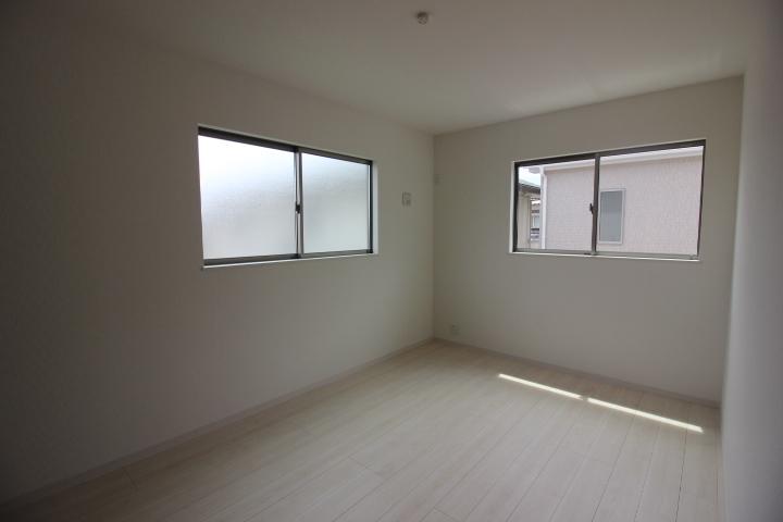 新築戸建 新浜町 3区画 1号棟 土地面積 43.79坪 建物面積 30.18坪