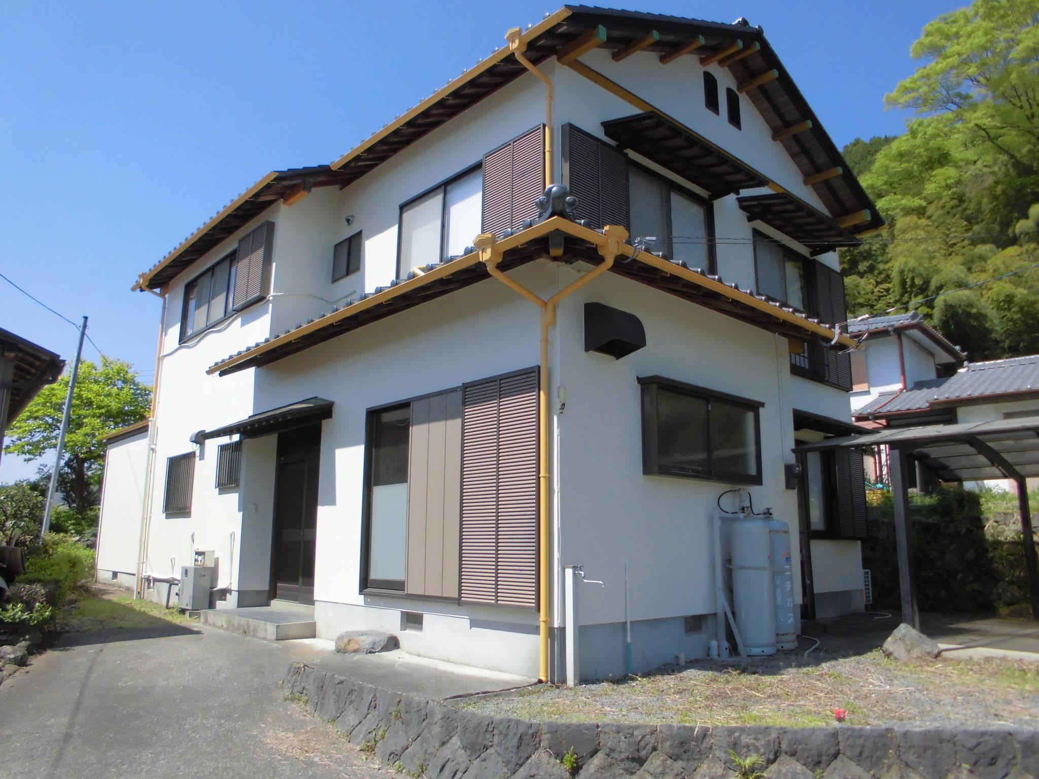 【外観写真】 富士宮市星山の、 中古戸建物件です。