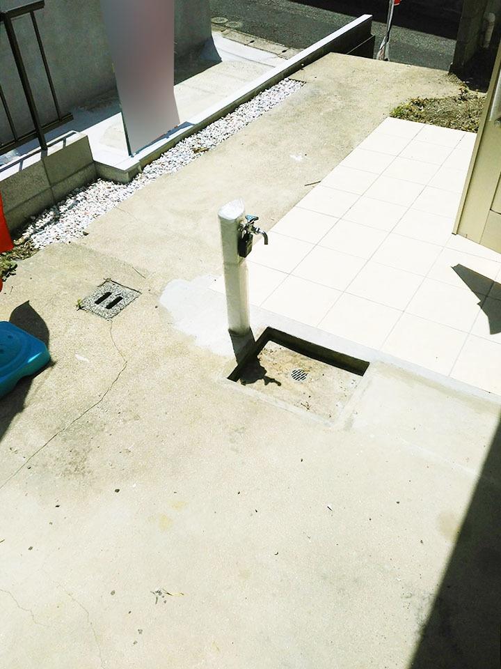 玄関前に散水栓を新設♪愛車のお手入れやガーデニングも楽しめますね♪