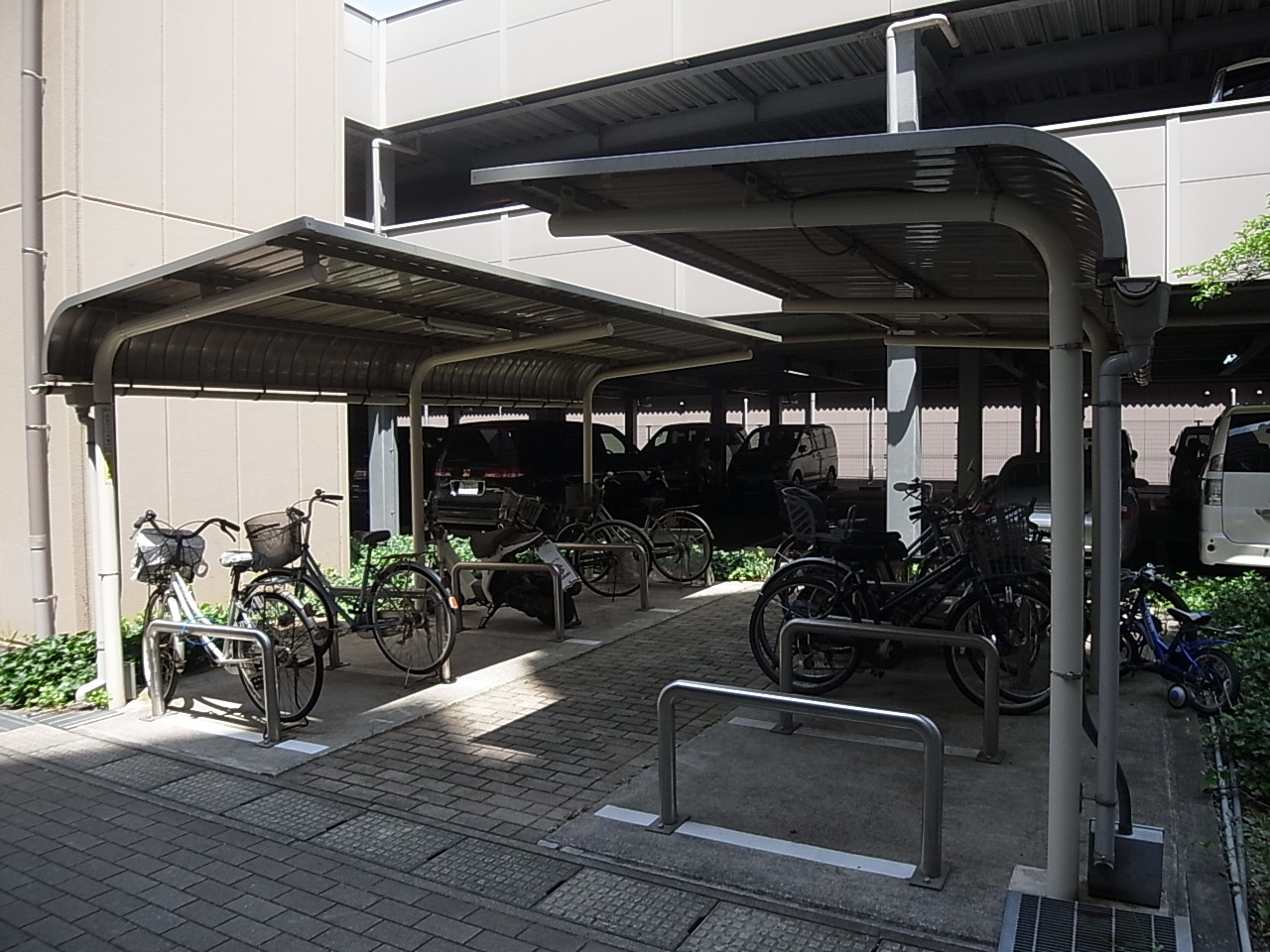 駐輪場100%完備