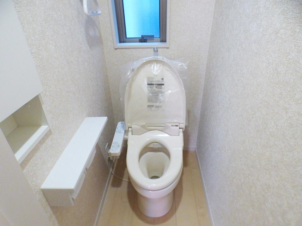 ◎トイレ:3号棟(5/12撮影) 1・2階ともにウォシュレット付!2か所トイレがございますので、朝のトイレ渋滞も解消!