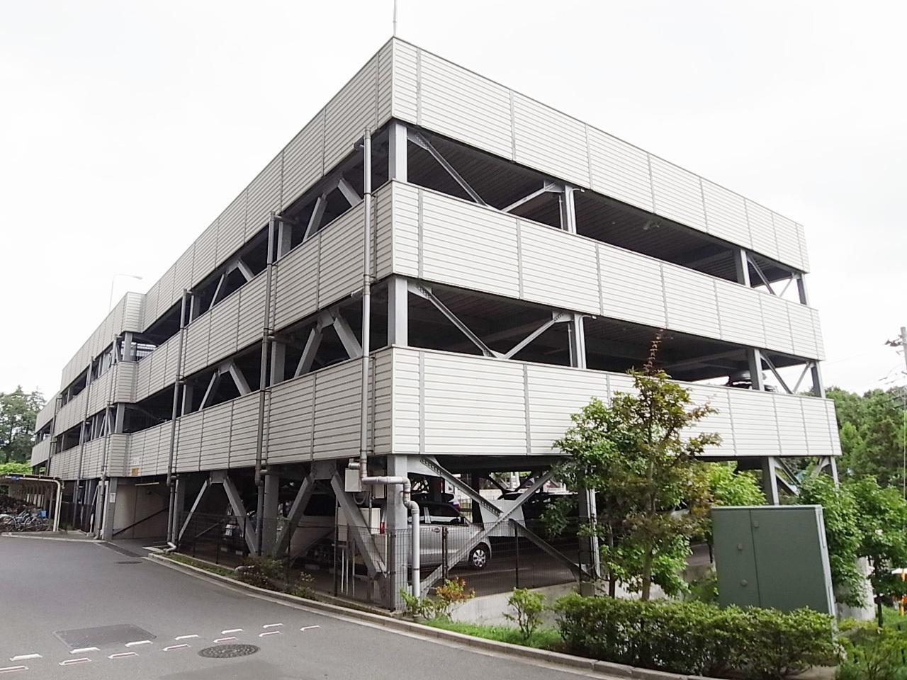 暮らしの行動力を広げる自走式駐車場100%完備。