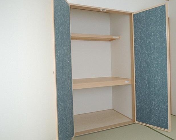 全てのお部屋には収納完備しており 家具を置いてもお部屋が狭くなる心配がありません