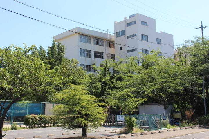 【中学校】知多市立八幡中学校