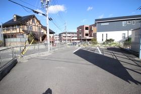 【外観写真】 駐車場つき