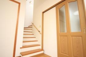 リビングの階段をのぼって2階へ!